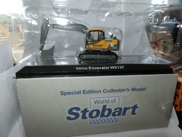 Atlas Oxford JV4124 1/76 OO Scale Volvo Excavator W0137  Stobart